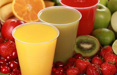 Smoothie aux fruits du réfrigérateur