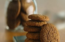 http://www.lifemadedelicious.ca/recipes/best-ever-chewy-gingerbread-cookies/2db7f23d-519d-488b-84c7-93768e780c8a?sc_lang=fr-CA&utm_source=Facebook&utm_medium=Social&utm_term=Christmas%20Baking&utm_campaign=Brand%20-%20Seasonal
