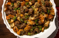 http://johnsonville.ca/fr/recipes/original-holiday-stuffing.html