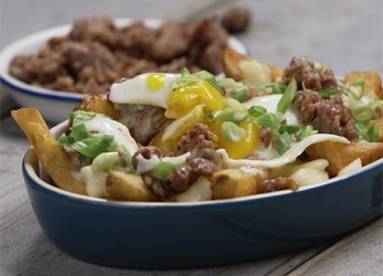 http://johnsonville.ca/fr/recipes/la-glorieuse-poutine.html